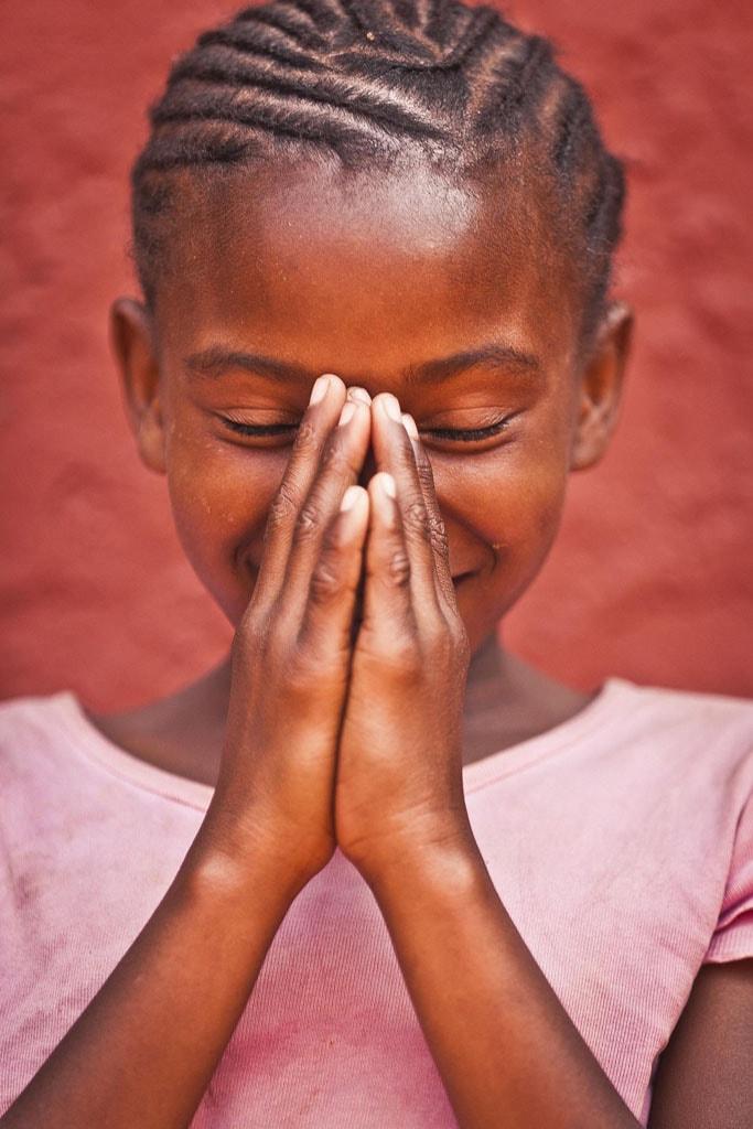 Adrian Kuipers - Namibian Girl - Medium Resolution