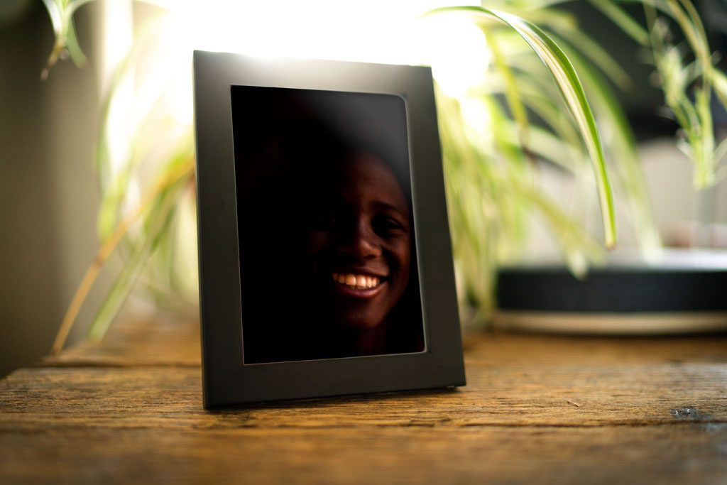 Adrian Kuipers - A Smile From The Dark - Mini Edition - Table Preview